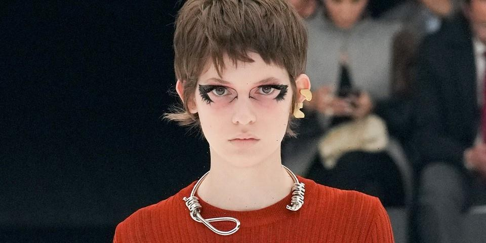 """Matthew M. Williams Faces Backlash for Givenchy SS22 """"Noose Necklace"""""""