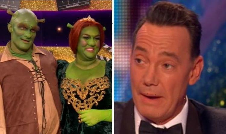 Strictly Come Dancing's Sara Davies suffers awkward wardrobe malfunction